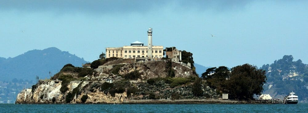 Alcatraz_Island_photo_D_Ramey_Logan (1)