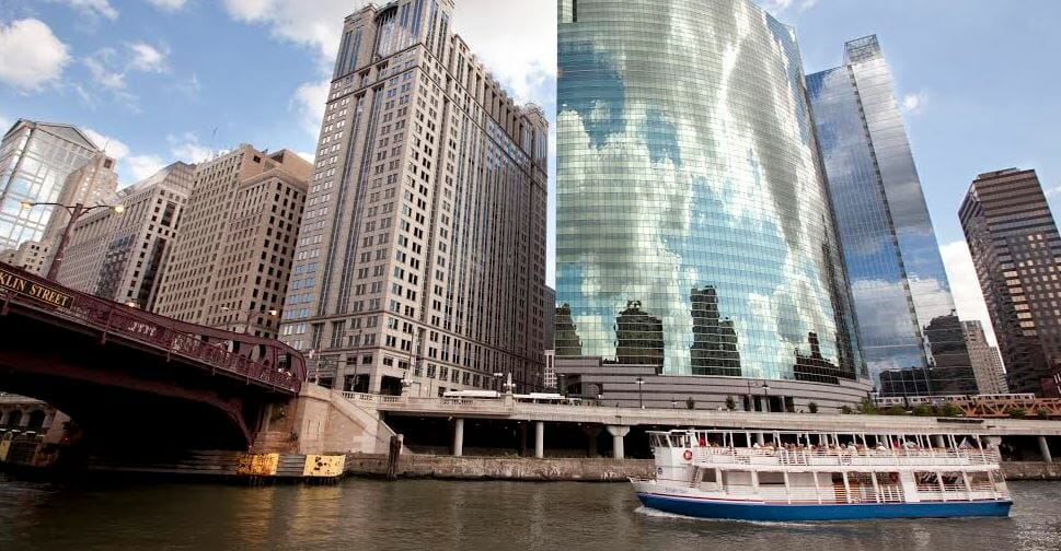 Chicago Shoreline Sightseeing