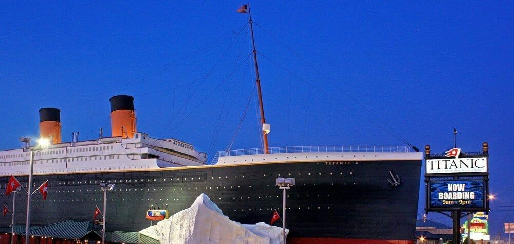 Titanic_Dusk