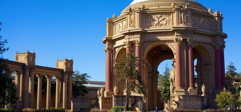 palace-of-fine-arts-530060_1920