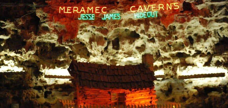 Meramec_Caverns STL