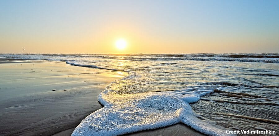Beach_Vadim_Troshkin HEADER