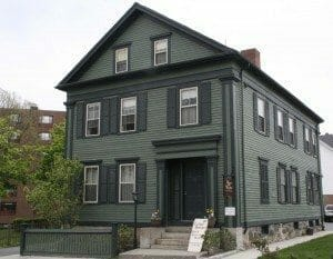 Lizzie_Borden_House_(Bed_Breakfast)_(3535957840)