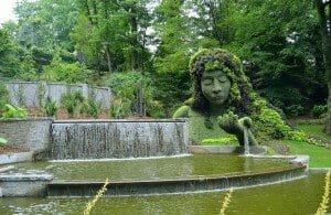1280px-Mosaiculture_at_the_Atlanta_Botanical_Garden