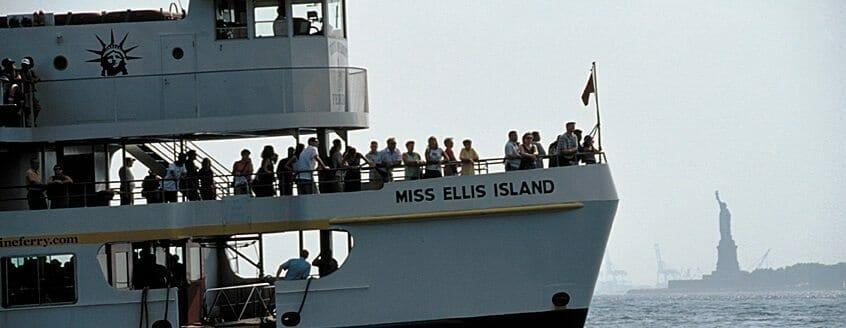 Ellis_Island_Ferry___-1201