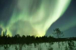northern-lights-225508_1280
