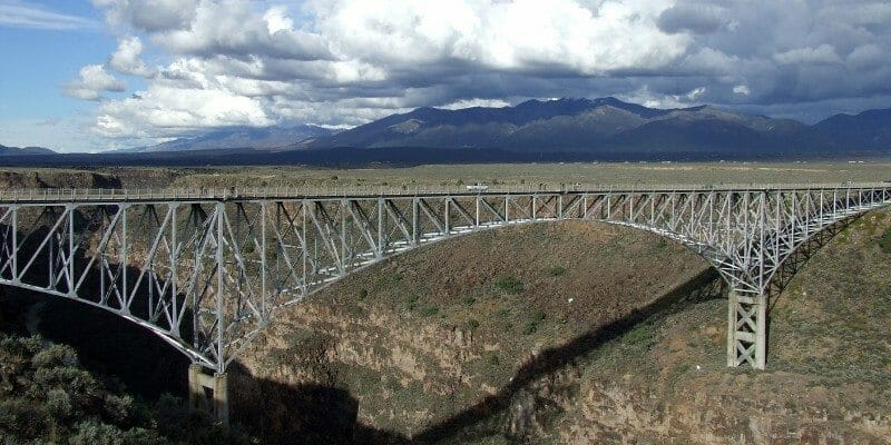 Rio_Grande_Gorge_Bridge,_Taos_County,_New_Mexico