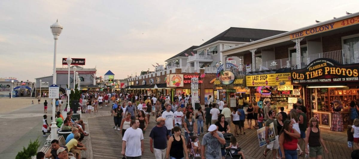 Ocean_City_MD_Boardwalk_August_2009_1