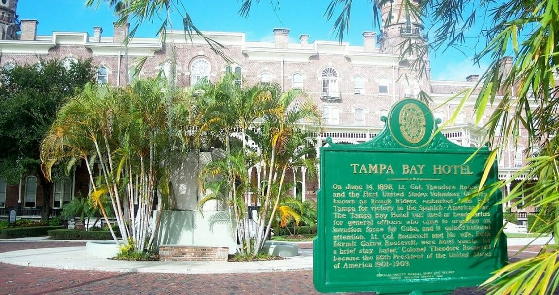 1280px-Old_Tampa_Bay_Hotel_plaque03