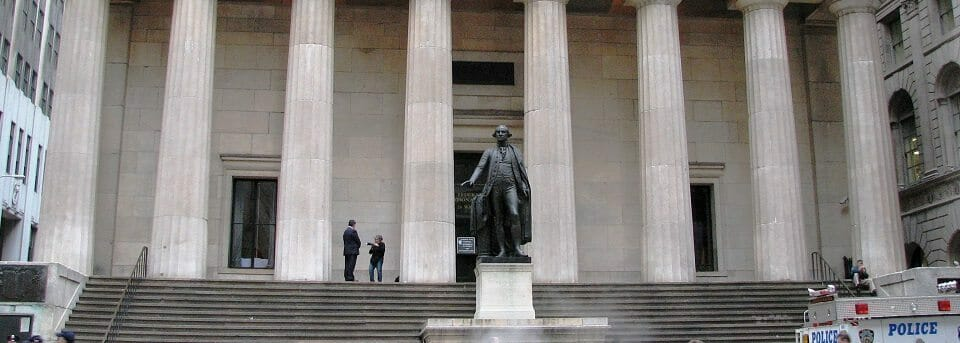 Federal_Hall_front