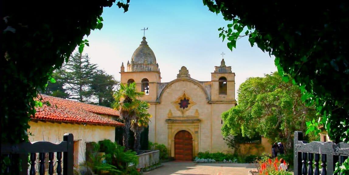 San_Carlos_Borromeo_Mission