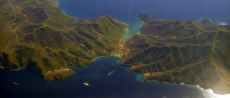 Two_Harbors_Catalina_Island_photo_D_Ramey_Logan