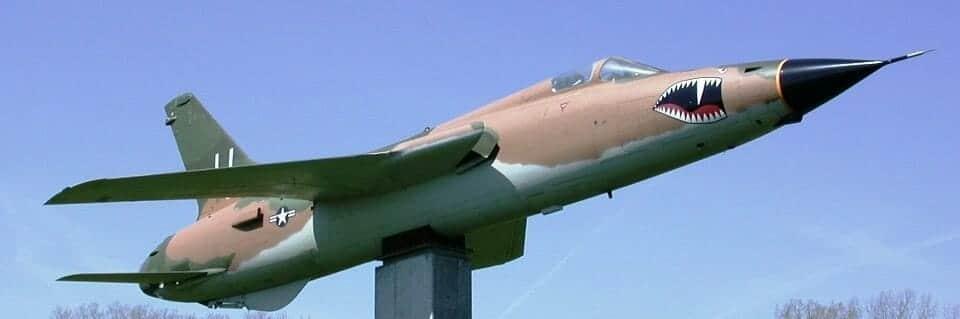 Republic_F-105D_Thunderchief,_Strategic_Air_&_Space_Museum,_Nebraska