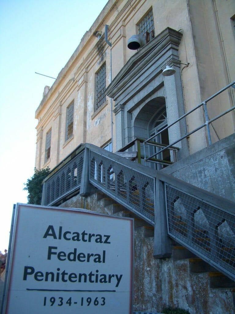 Alcatraz_Entrance