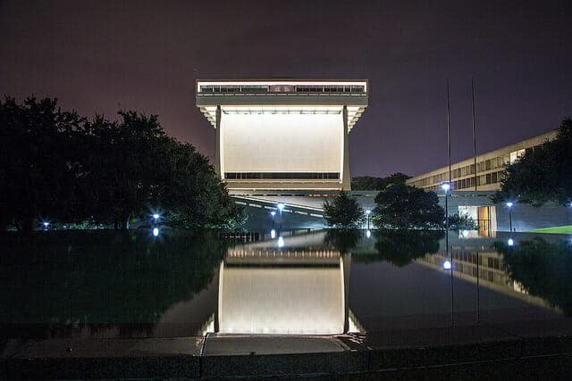 Night shot of the LBJ Presidential Library - September 2015. [Photo by Jay Godwin, DIG13784-029.]