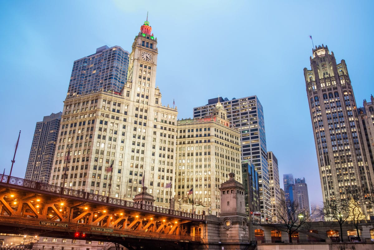 View of downtown Chicago in the area around Michigan Avenue